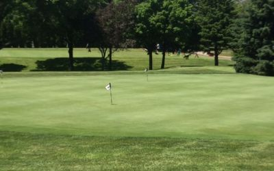 Practice green at Meadowbrook Country Club